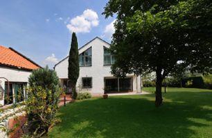 Villa mit Parkgrundstück in absoluter Bestlage Westheim